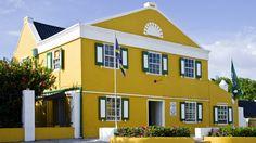 bon bini - welcome to <Landhuis Chobolobo- factory visit Curacao Liqueur