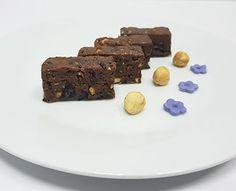 Sitni kolači | Tortini - torte i kolači Chocolate Salami Recipe, Salami Recipes, Desserts, Food, Tailgate Desserts, Deserts, Essen, Postres, Meals