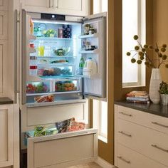 Liebherr HC2062 36 Inch Fully Integrated French Door Refrigerator With 19.5  Cu. Ft. Capacity