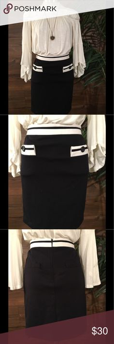 Zara Basic Skirt Navy and White skirt with faux front pockets and elastic waist band. Zara Skirts