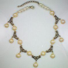 Anne Boleyn Pearl Tier Necklace – Ornate