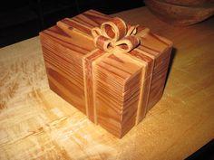 Cedar Ribbon box - by meaded @ LumberJocks.com ~ woodworking community Fun Projects, Wood Projects, Project Ideas, Woodworking Projects, Jewellery Boxes, Jewelry Box, Ribbon Box, Wood Plans, Little Boxes
