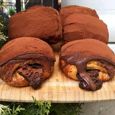 Freshly Made Chocolate Croissants. Tag your friends. By Chocolate Chip Cookies Desserts Covered Bakery Cafe, Cake Bakery, Food Goals, Cafe Food, Aesthetic Food, Food Cravings, My Favorite Food, Sweet Recipes, Dessert Recipes