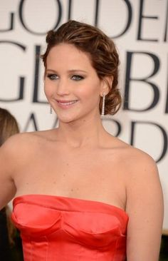 'Golden Globes' hairstyle trends: Jennifer Lawrence