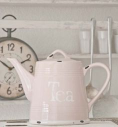 We Heart It'te Tea Pink | Random.... - Yesim Sezen