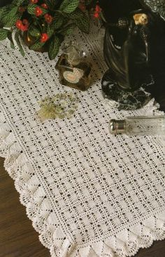 Free crochet rectangular filet tablecloth pattern crochet napperons rectangulaires crochet circlescrochet doily patternsdoilies dt1010fo