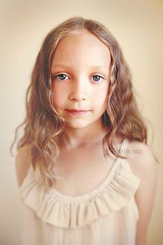 Quiet portrait || child photographer : juneberry photo