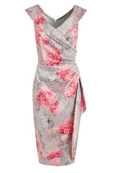 Summer Fashion Trends: new summer dresses, sandals, swimwear Best Wedding Guest Dresses, Dresses To Wear To A Wedding, Wedding Outfits, Casual Fashion Trends, Summer Fashion Trends, Summer Trends, Winter Fashion, Pretty Dresses, Beautiful Dresses