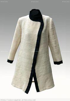 VESTUARIO TELAR MAPUCHE Weaving Art, Loom Weaving, Textiles, Duster Coat, Sewing Patterns, My Style, Crochet, Sweaters, Jackets