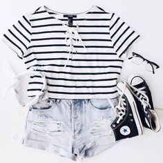 Are you searching for outfits for summer? Look no further in light of the fact that here are the 50 best of the cute summer outfits to wear this summer. Cute Comfy Outfits, Cute Teen Outfits, Cute Outfits For School, Cute Casual Outfits, Cute Summer Outfits, Outfits For Teens, Stylish Outfits, Hipster School Outfits, Party Outfits