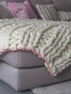 Ribbing stitch blanket Fuchsia-Couch
