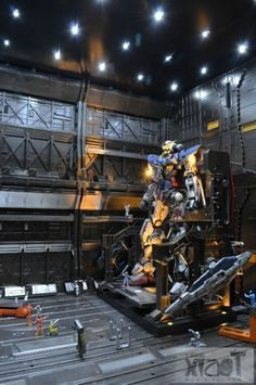 1/100 Gunpla Diorama: Gundam Exia @ Maintenance Hangar (Full LEDs). Photoreview No.11 Big Size Images http://www.gunjap.net/site/?p=171153