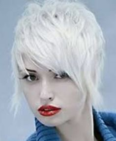 Short Funky Hairstyles for Women with Straight White Hair Pictures - New Hairstyles, Haircuts & Hair Color Ideas Urban Hairstyles, Funky Hairstyles, Hairstyles Haircuts, Textured Hairstyles, Layered Hairstyle, Winter Hairstyles, Funky Short Haircuts, Pelo Pixie, Pixie Hair