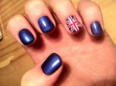 Great Britain Flag Shellac Nail Design #ShellacNail #nails