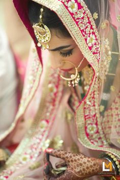 Bridal Wear - The Pretty Bride! Photos, Hindu Culture, Beige Color, Make Up…