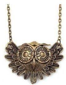 Lindo collar de un búho con cajita de regalo por solo 64 centavos en @Amazon.com.com - Súper Baratísimo o Gratis #valentinesday #love #cupido