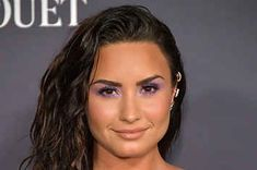 Demi Lovato's Offering Free Mental Health Counseling During Her Tour