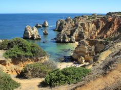 A comprehensive budget travel guide to the Lagos, Portugal with tips and advice on things to do, see, ways to save money, and cost information. Algarve, Places In Portugal, Visit Portugal, List Of Cities, Cairns Australia, South Australia, Harry Potter, Belle Villa, Destin Beach
