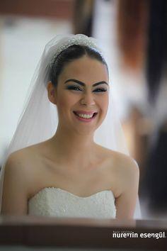 Kuaför Nurettin Esengül'den Gelin Saçı Modelleri. http://www.nurettinesengul.com/sac-modelleri/gelin-saclari