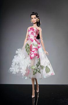 Barbie Dress, Barbie Clothes, Pink Dress, Lace Dress, Barbie Gowns, Mattel Barbie, Fashion Royalty Dolls, Fashion Dolls, Fashion Show