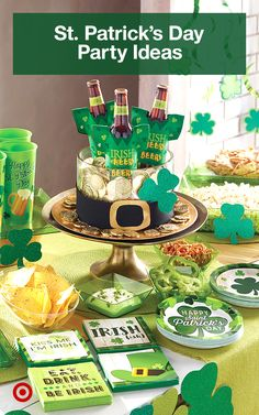 Throw the luckiest party for St. Patrick's day with shamrock decor, food & drink ideas. St Patricks Day Crafts For Kids, St Patricks Day Food, St Patrick's Day Crafts, Happy St Patricks Day, Saint Patricks, St Patrick Day Treats, St Patrick Day Activities, Holiday Treats, Holiday Fun