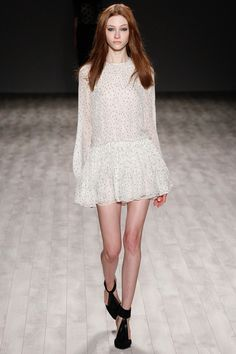 Jill Stuart - New York Fashion Week - Aisle Style Inspiration Autumn/Winter Dope Fashion, Runway Fashion, High Fashion, Fashion Show, Fashion Hacks, 2014 Fashion Trends, Vogue, Looks Street Style, Designer Collection