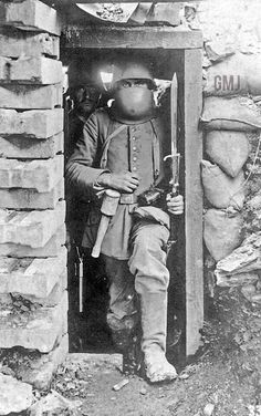 Imperial German soldier in the trenches of World War Ww1 History, Military History, World War One, First World, War Dogs, War Photography, German Army, Dieselpunk, Historical Photos