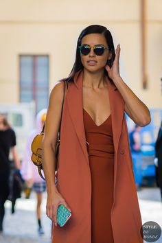 Adriana Lima on Eating Healthy While Traveling and Wearing Makeup at the Gym - Celebrities Female Adriana Lima Style, Adriana Lima Body, Street Style 2017, Claudia Schiffer, Top Models, Irina Shayk, Spring Summer Fashion, Winter Fashion, Looks Style