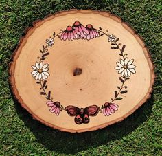 Hand drawn wood burned design on 12 x 1 wood slice. Sealed and protected with acrylic varnish. Made to order upon request. Painting On Wood, Wood Paintings, Wood Burn Designs, Wood Slice Crafts, Amazing Decor, Garden Items, Wood Slices, Diy Wood Projects, Pyrography