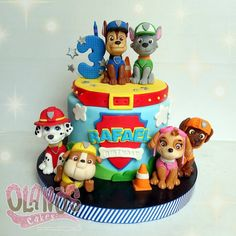If you like PAW Patrol or the canine patrol, you're in luck today we bring you several decorating ideas for PAW Patrol's birthday or the c. Paw Patrol Birthday Cake, 4th Birthday Cakes, 2nd Birthday, Birthday Ideas, Bolo Do Paw Patrol, Torta Paw Patrol, Paw Patrol Party Decorations, Bolo Cake, Dog Cakes