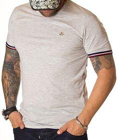 Moncler Tricou Classic Logo - Gri   Tricouri cu guler rotund   Tricouri   Brande Moncler, Logos, Mens Tops, T Shirt, Fashion, Embroidery, Supreme T Shirt, Moda, Tee Shirt
