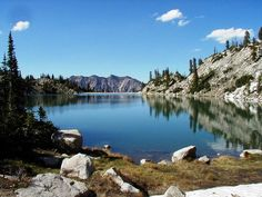 Utah is known for being an outdoor adventurer's wonderland, and Salt Lake City doesn't disappoint. See our top 7 hikes to try this summer. Salt Lake City Hikes, Salt Lake City Utah, Hiking Spots, Hiking Trails, Cottonwood Canyon, Utah Hikes, The Great Outdoors, Places To See, Beautiful Places