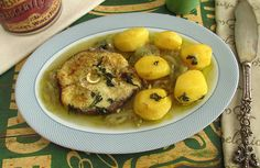 Dogfish is a very nutritious and pleasant fish. Cook this our recipe that goes to the oven with potatoes.