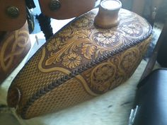 Leather motorcycle gas tank...I am in love and creating bad ideas!