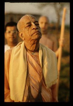 Jagat Guru Srila Prabhupada!! Always elegant and sober. An exemple - a real acarya!