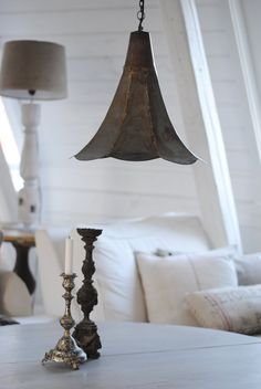 I love this light fixture!