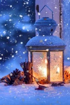 The Chill of Winter. Lanterns are great for setting a mood during the winter months Noel Christmas, Winter Christmas, Christmas Lights, Christmas Decorations, Coastal Christmas, Christmas Candle, Christmas Scenes, Scandinavian Christmas, Outdoor Christmas