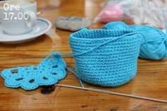 The Prettiest Crochet Purse - Free Pattern and Tutorial