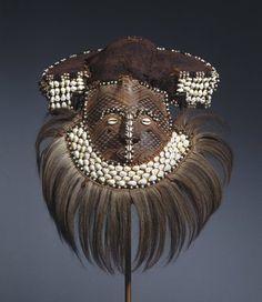 Brooklyn Museum: Arts of Africa: Mwaash aMbooy Mask