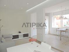 REF. 10353 Stylish refurbished flat for #rent situated close to 'Sagrada Familia' #SantMarti #SagradaFamilia #Barcelona #AtipikaBarcelona #AtipikaBcn #RealEstate www.atipika.com