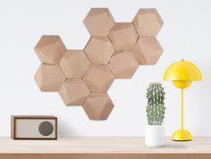 Set de 12 módulos facetados de madera para decoración de pared / módulos hexagonales