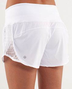 Somebody please tell me where i can find similar running shorts in Mumbai at cheaper rates?!