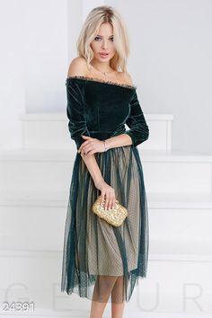 Lush velvet dress (№ ♡ Gepur - women clothes store Evening Dresses, Prom Dresses, Formal Dresses, Elegant Dresses, Pretty Dresses, Retro Prom Dress, Dress Skirt, Dress Up, Fancy Dress