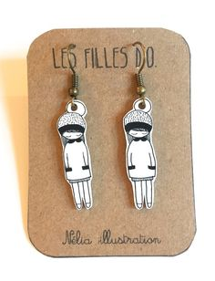 """Boucles d'oreille """"Fille d'O"""",shrink plastic, plastique fou, homemade. Dog Tags, Dog Tag Necklace, Drop Earrings, Etsy, Jewelry, Unique Jewelry, Objects, I Don't Care, Handmade Gifts"""