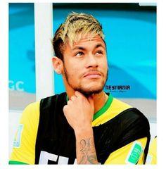 watch his Team loose Good Soccer Players, Football Players, World Cup 2014, Fifa World Cup, Barcelona Futbol Club, Neymar Jr, I Love Him, Guys, Brazil