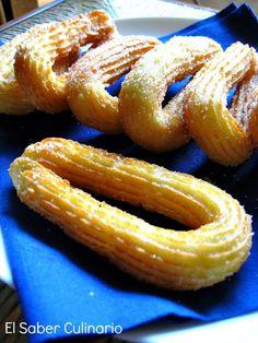 Usa la manga pastelera para hacer churros. Te dan todos los detalles de la receta desde el blog EL SABER CULINARIO.