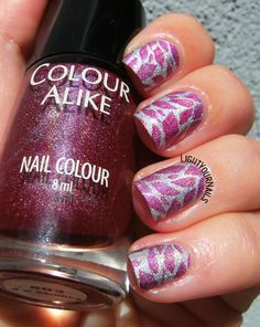 Raspberry leaves nail stamping #nailart #nicolediary