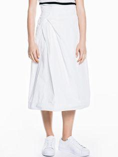 Soft Memory Tuck Skirt