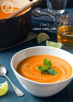A warming vegan recipe for Spicy Carrot Curry Soup with sweet carrots, Thai peppers, coconut milk and lemongrass. Curried Carrot Soup, Carrot Curry, Soup Recipes, Vegetarian Recipes, Cooking Recipes, What's Cooking, Spicy Carrots, Curry Soup, Vegan Soups
