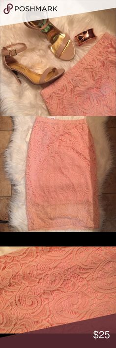 Lace Pencil Skirt! Adorable skirt! Lightweight and Flirty. Lined. 92% nylon and 8% spandex. Waist is 14' across laying flat. Length is 26'. Super cute! Pair with chambray blouse and nude heels! Fab! trades Kisses Skirts Pencil